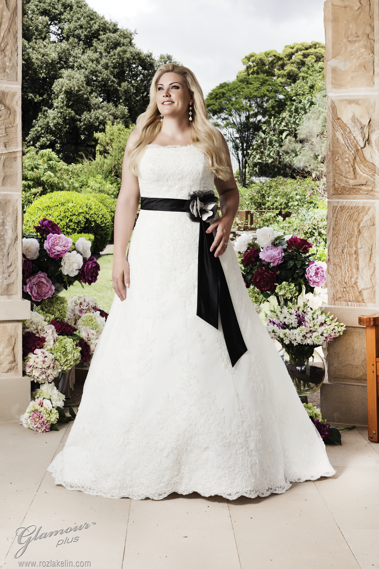 best wedding dress styles for plus size brides plus